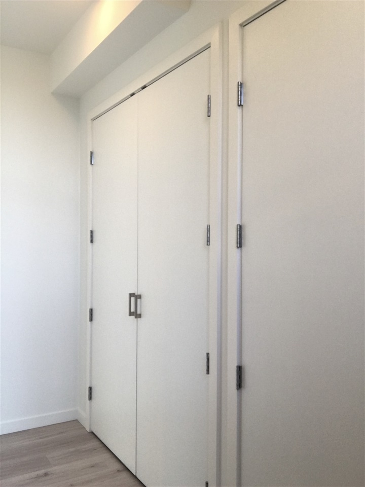 Condo Apartment at 303 6093 IONA DRIVE, Unit 303, Vancouver West, British Columbia. Image 17