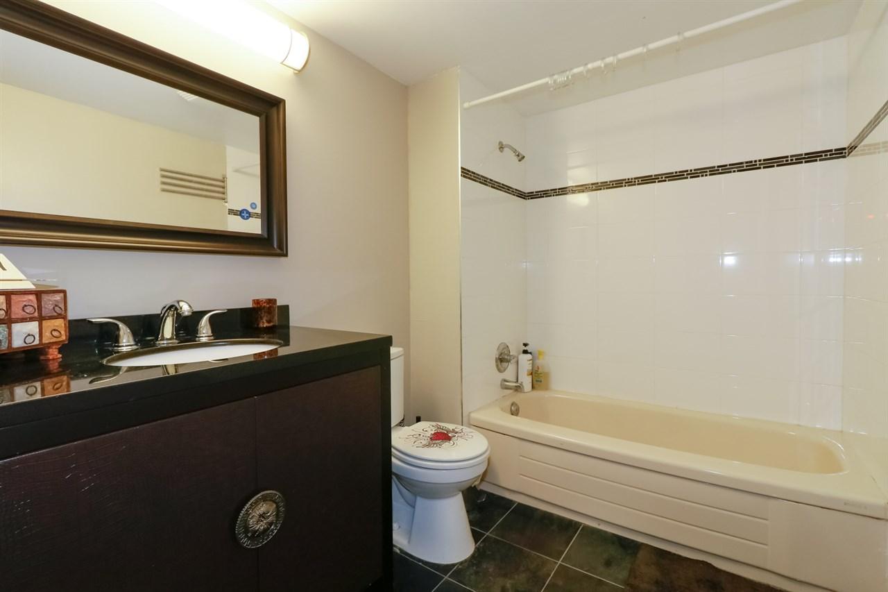 Condo Apartment at 126 5700 ARCADIA ROAD, Unit 126, Richmond, British Columbia. Image 7