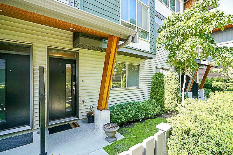 Townhouse at 88 8473 163 STREET, Unit 88, Surrey, British Columbia. Image 2