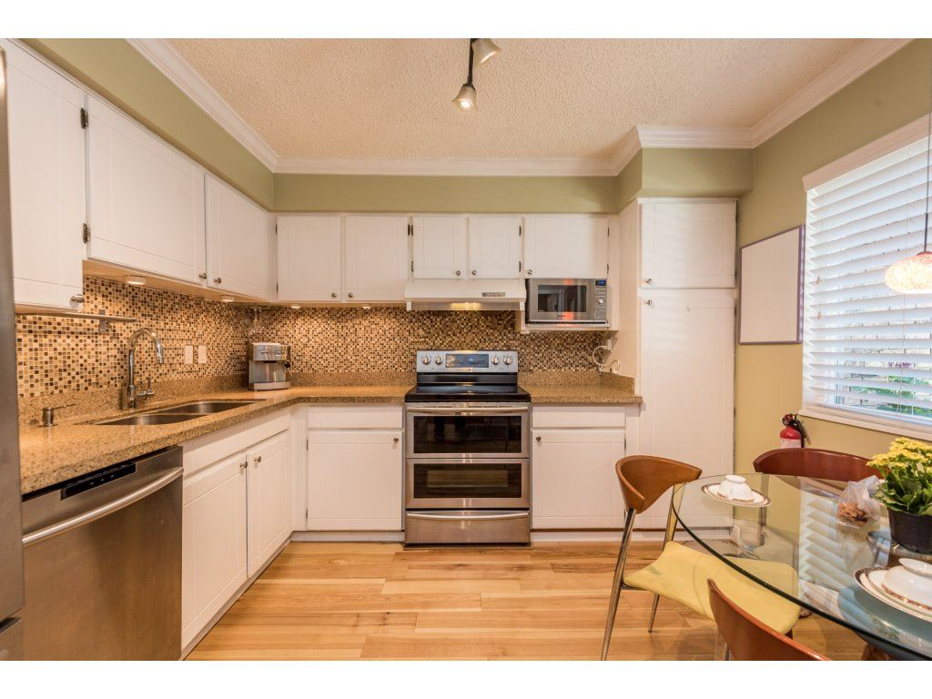 Townhouse at 301B EVERGREEN DRIVE, Port Moody, British Columbia. Image 3