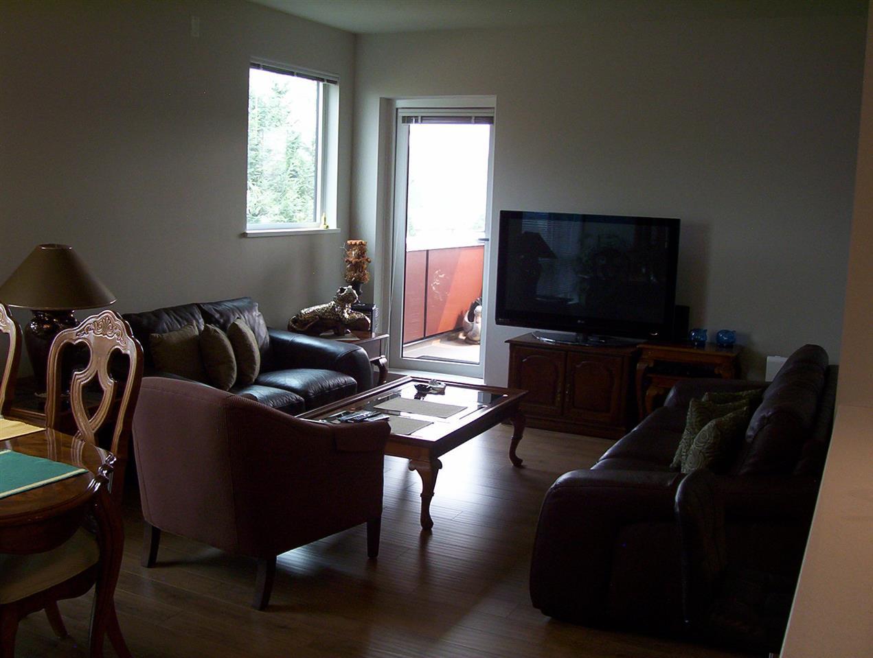 Condo Apartment at 307 20331 DEWDNEY TRUNK ROAD, Unit 307, Maple Ridge, British Columbia. Image 6