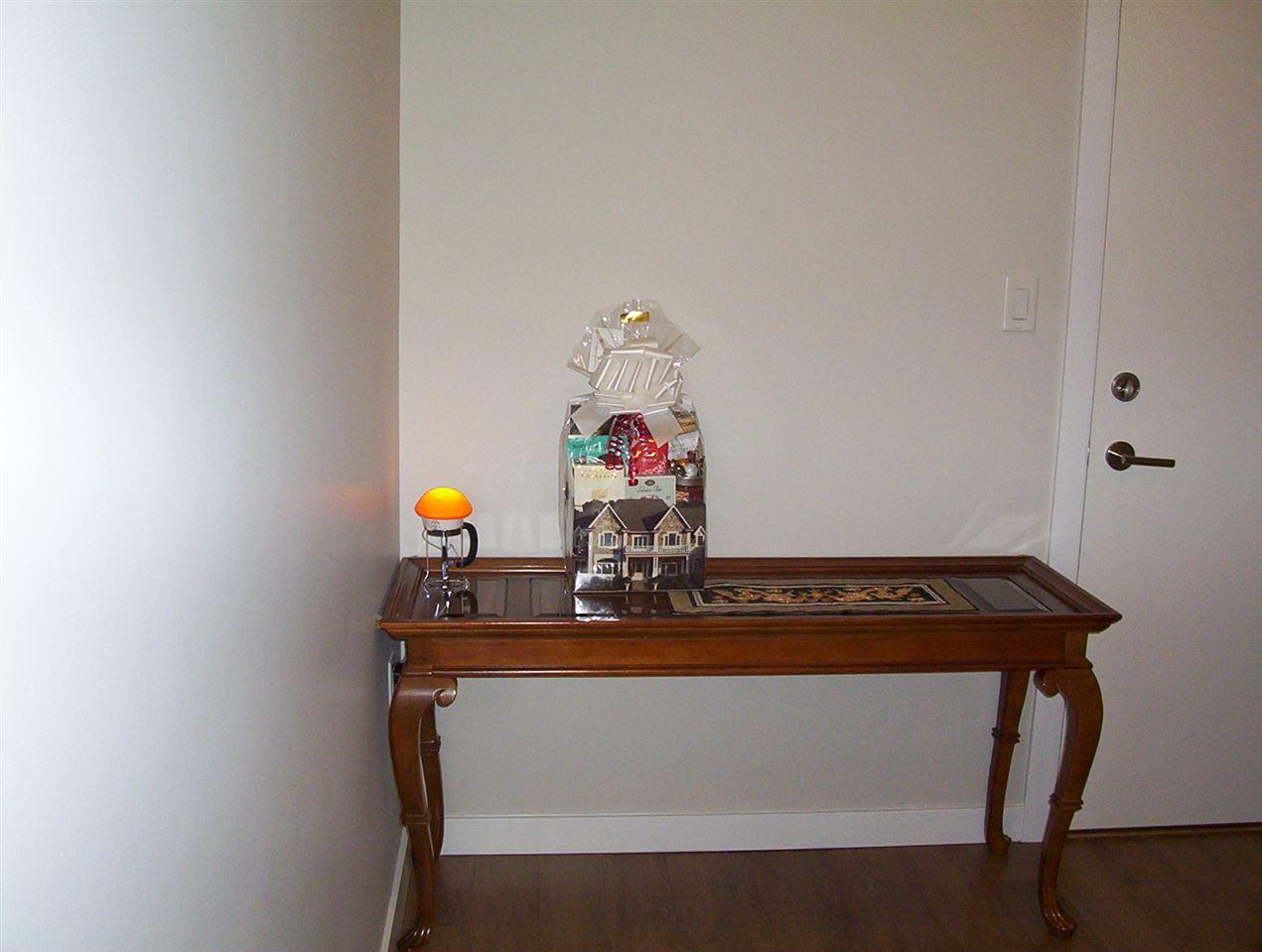 Condo Apartment at 307 20331 DEWDNEY TRUNK ROAD, Unit 307, Maple Ridge, British Columbia. Image 7