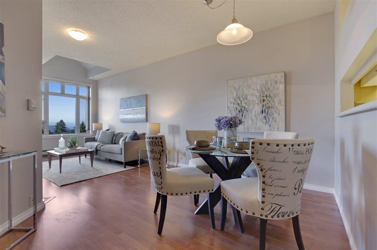 Condo Apartment at 501 2800 CHESTERFIELD AVENUE, Unit 501, North Vancouver, British Columbia. Image 3