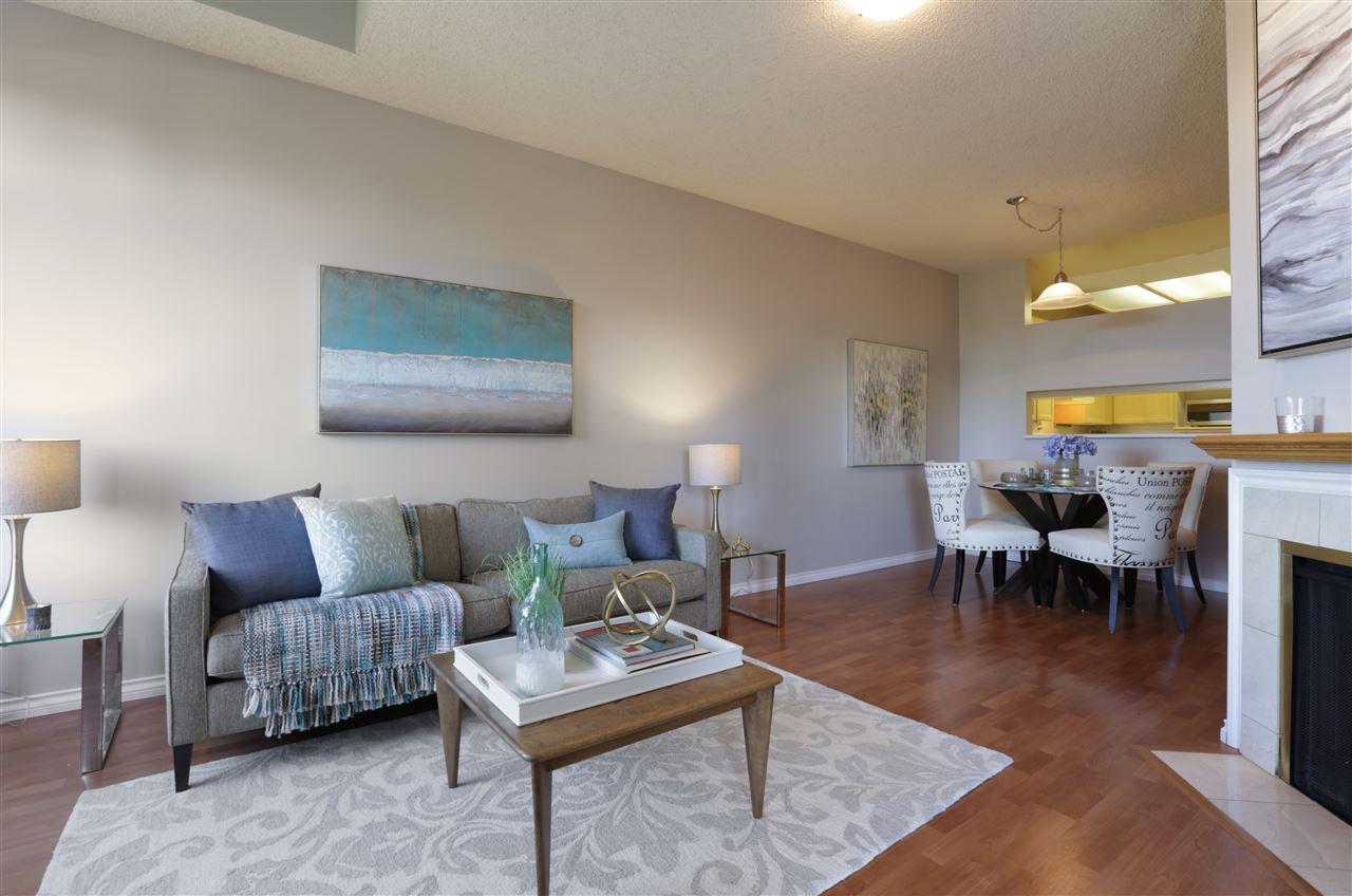 Condo Apartment at 501 2800 CHESTERFIELD AVENUE, Unit 501, North Vancouver, British Columbia. Image 4