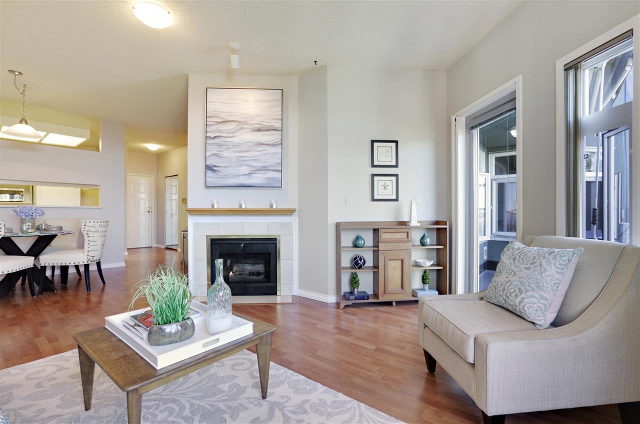 Condo Apartment at 501 2800 CHESTERFIELD AVENUE, Unit 501, North Vancouver, British Columbia. Image 5