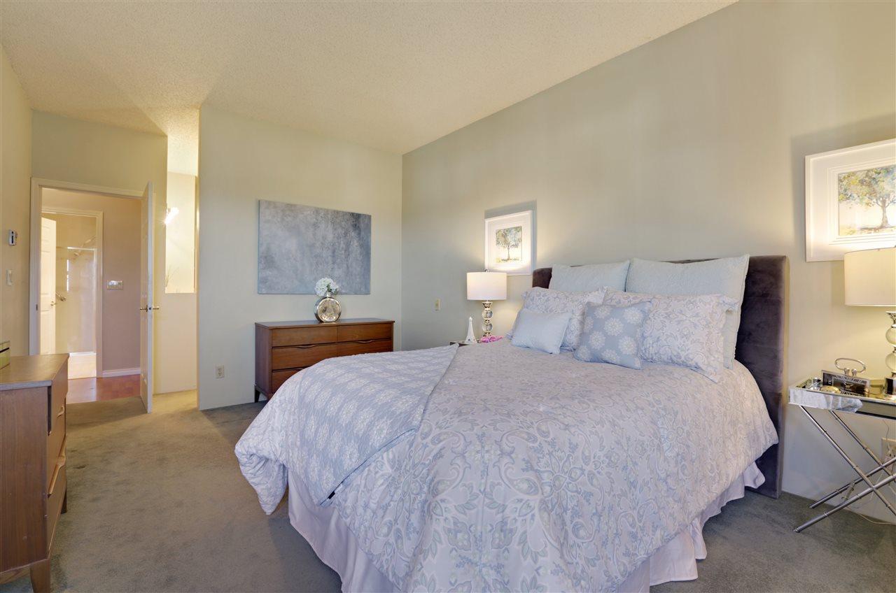 Condo Apartment at 501 2800 CHESTERFIELD AVENUE, Unit 501, North Vancouver, British Columbia. Image 11