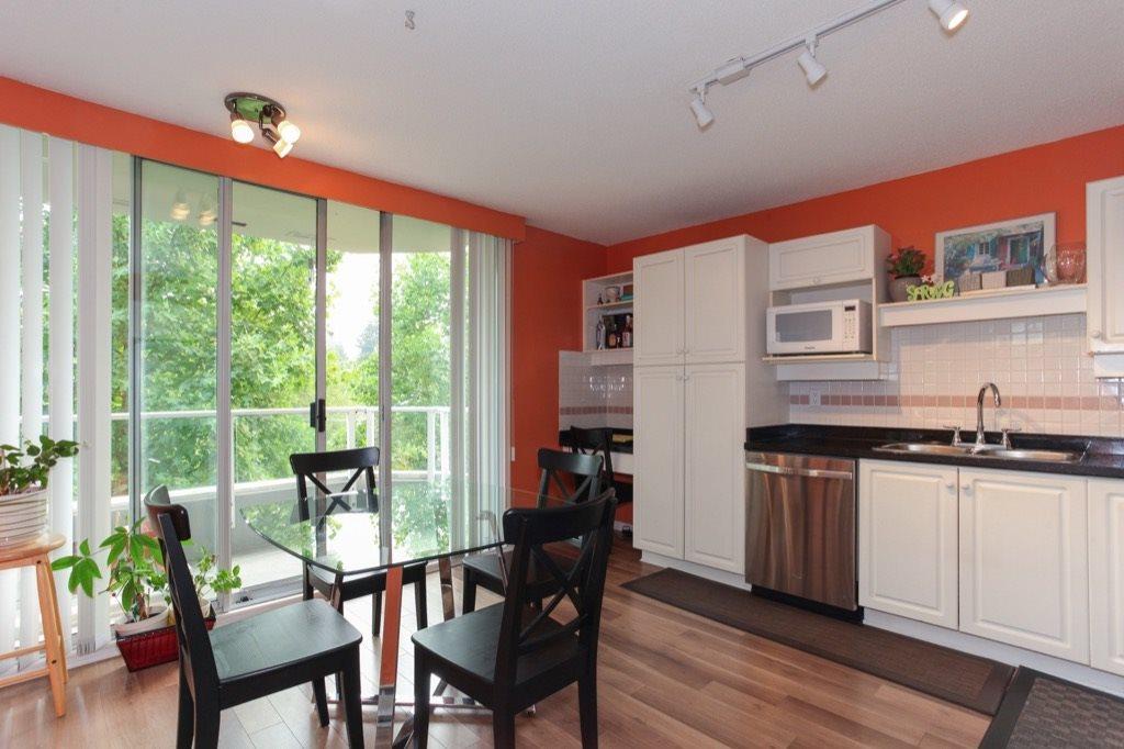 Condo Apartment at 602 412 TWELFTH STREET, Unit 602, New Westminster, British Columbia. Image 8