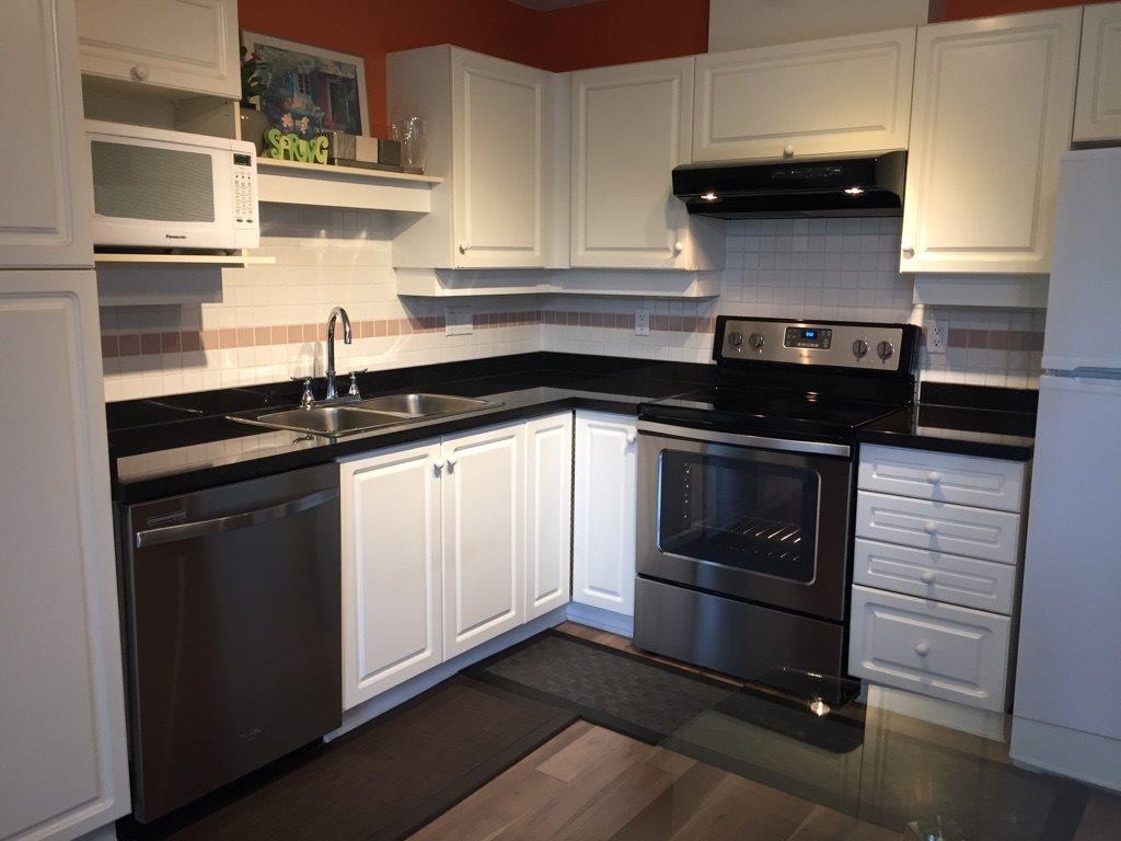 Condo Apartment at 602 412 TWELFTH STREET, Unit 602, New Westminster, British Columbia. Image 9
