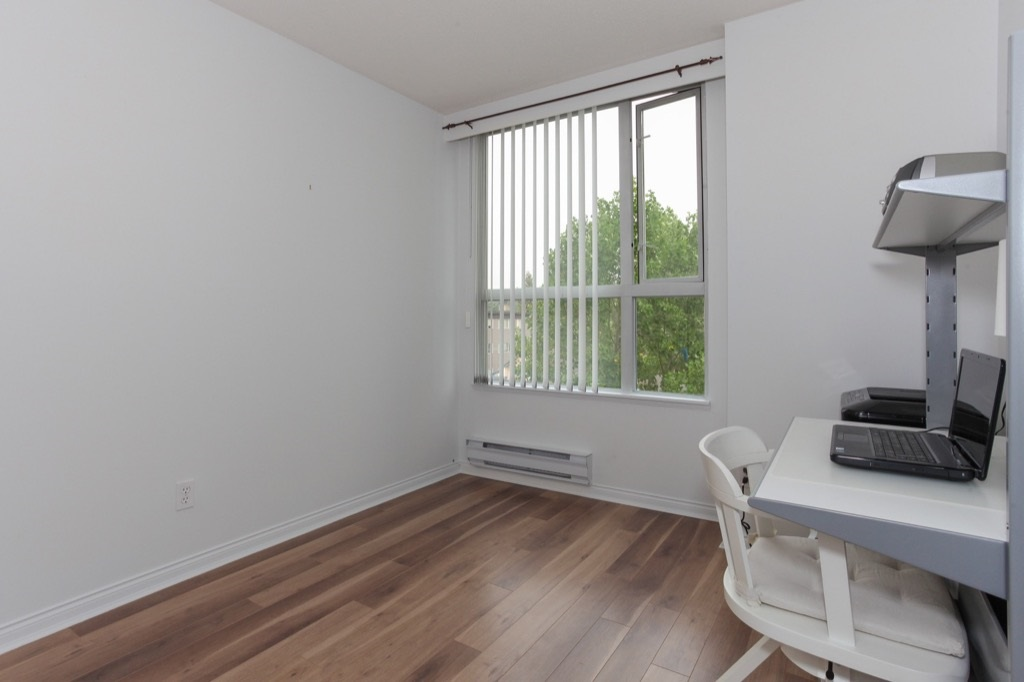 Condo Apartment at 602 412 TWELFTH STREET, Unit 602, New Westminster, British Columbia. Image 13