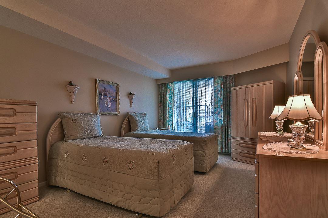 Condo Apartment at 502 15030 101 AVENUE, Unit 502, North Surrey, British Columbia. Image 11