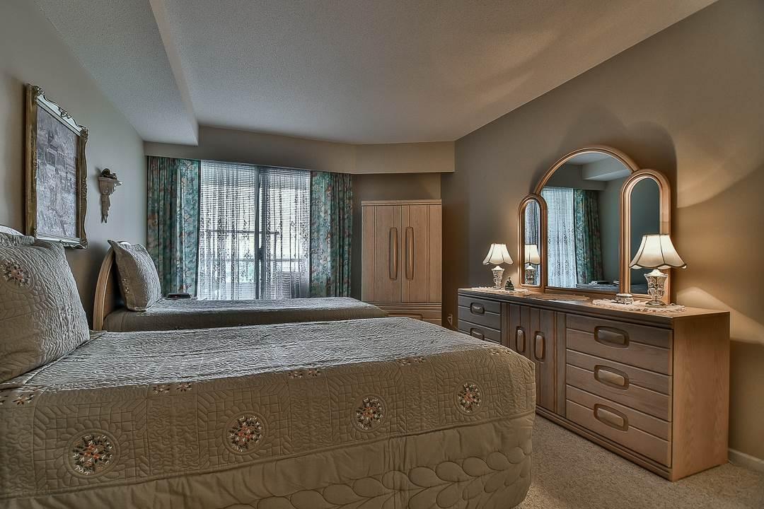 Condo Apartment at 502 15030 101 AVENUE, Unit 502, North Surrey, British Columbia. Image 13