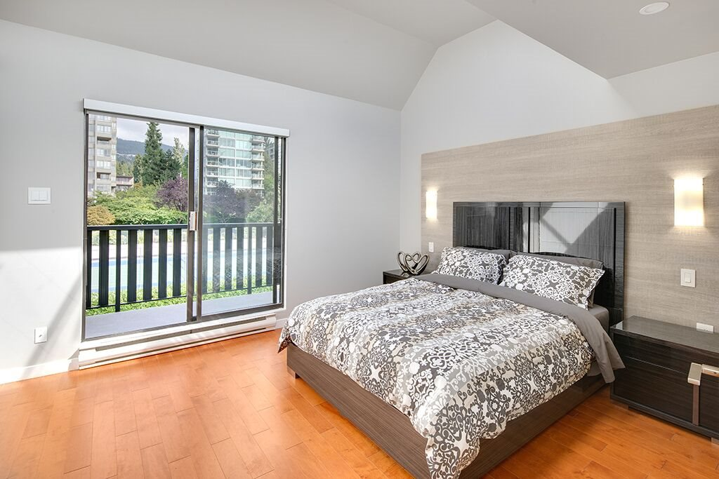 Townhouse at 1463 CLYDE AVENUE, West Vancouver, British Columbia. Image 13