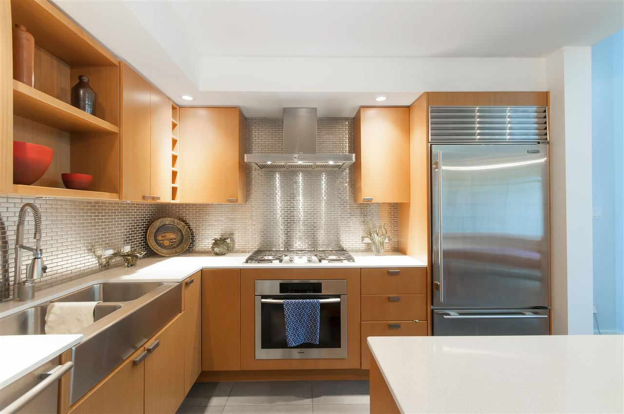 Townhouse at 102 1168 RICHARDS STREET, Unit 102, Vancouver West, British Columbia. Image 5
