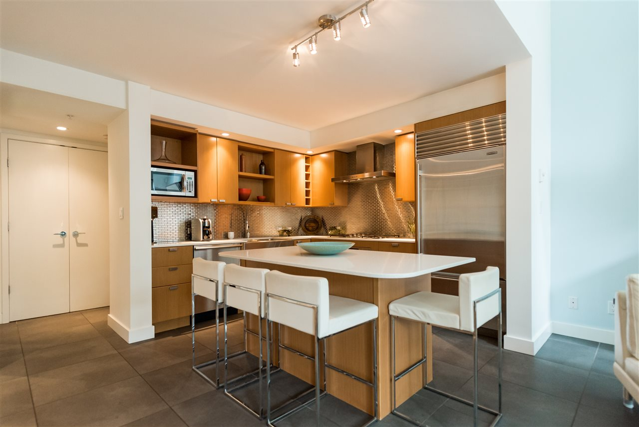 Townhouse at 102 1168 RICHARDS STREET, Unit 102, Vancouver West, British Columbia. Image 6