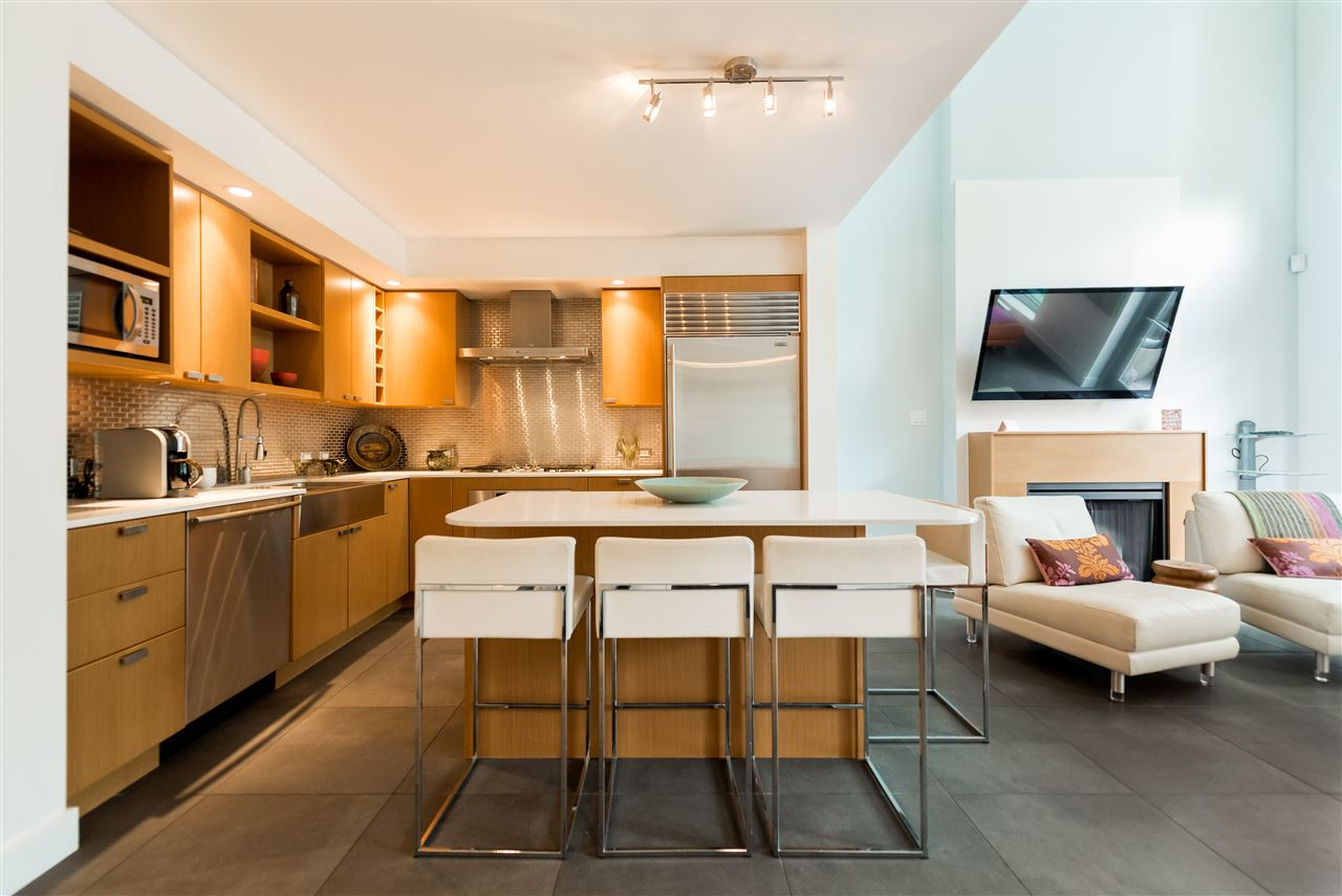 Townhouse at 102 1168 RICHARDS STREET, Unit 102, Vancouver West, British Columbia. Image 7