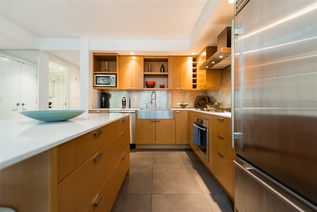 Townhouse at 102 1168 RICHARDS STREET, Unit 102, Vancouver West, British Columbia. Image 8