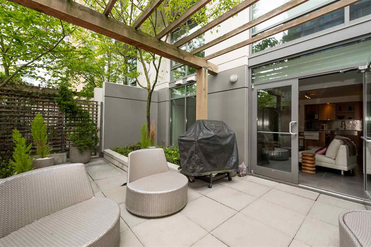 Townhouse at 102 1168 RICHARDS STREET, Unit 102, Vancouver West, British Columbia. Image 16