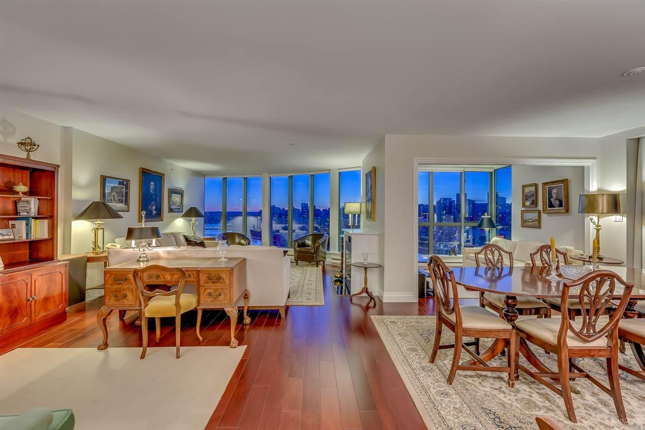 Condo Apartment at 2305 1128 QUEBEC STREET, Unit 2305, Vancouver East, British Columbia. Image 2