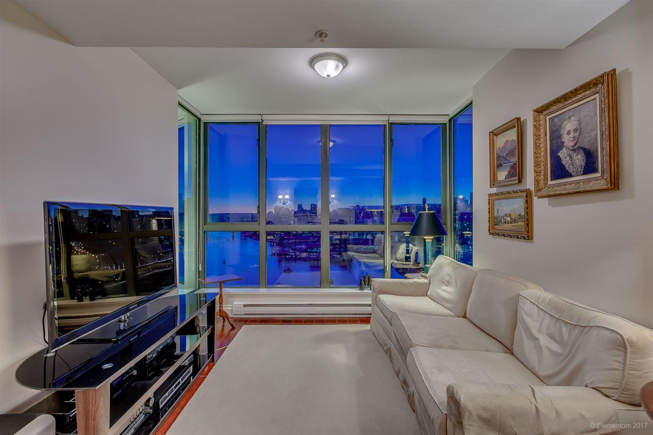 Condo Apartment at 2305 1128 QUEBEC STREET, Unit 2305, Vancouver East, British Columbia. Image 7