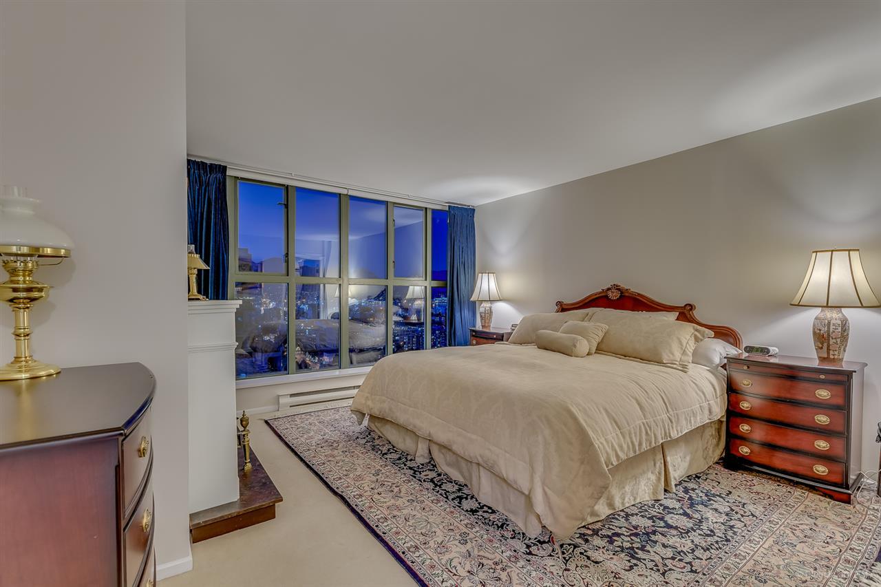 Condo Apartment at 2305 1128 QUEBEC STREET, Unit 2305, Vancouver East, British Columbia. Image 12