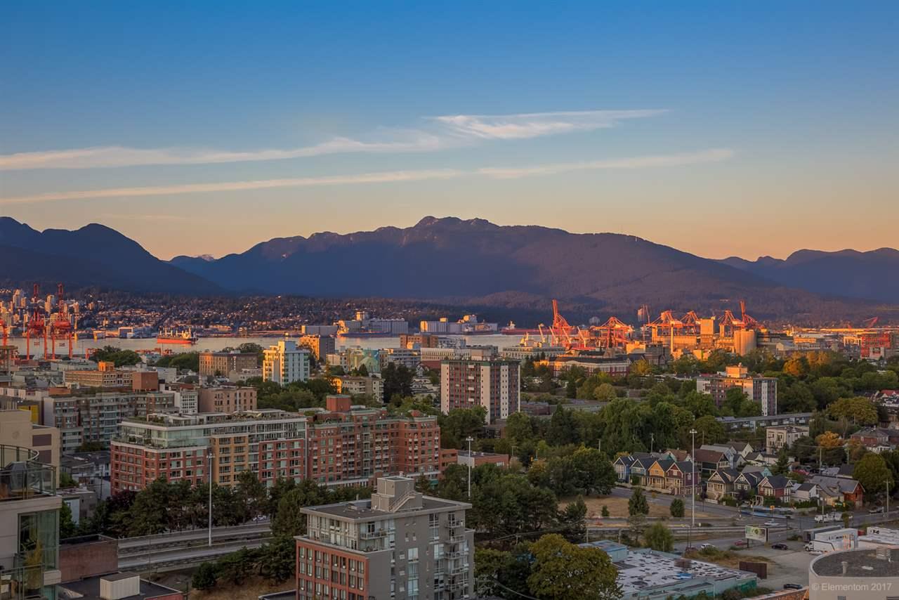 Condo Apartment at 2305 1128 QUEBEC STREET, Unit 2305, Vancouver East, British Columbia. Image 13