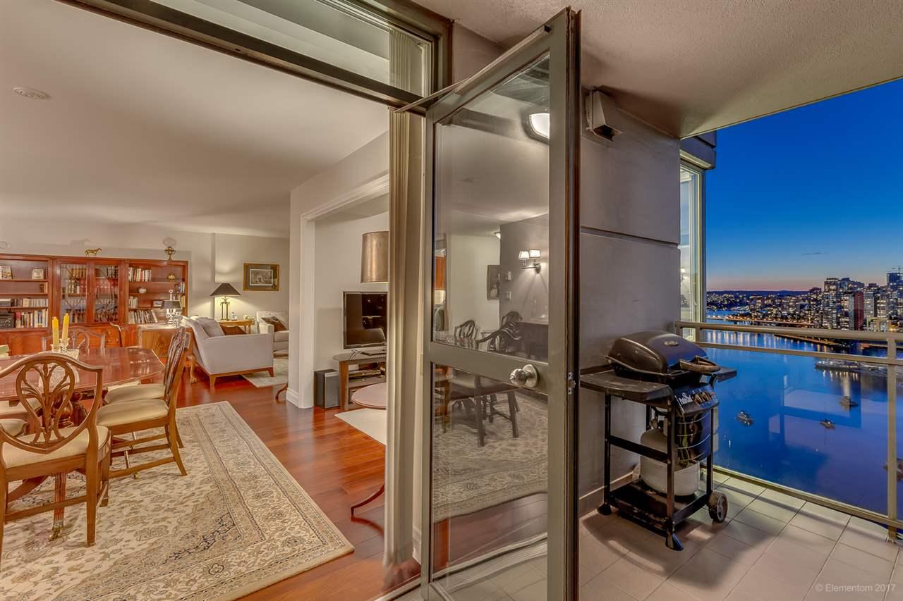 Condo Apartment at 2305 1128 QUEBEC STREET, Unit 2305, Vancouver East, British Columbia. Image 15
