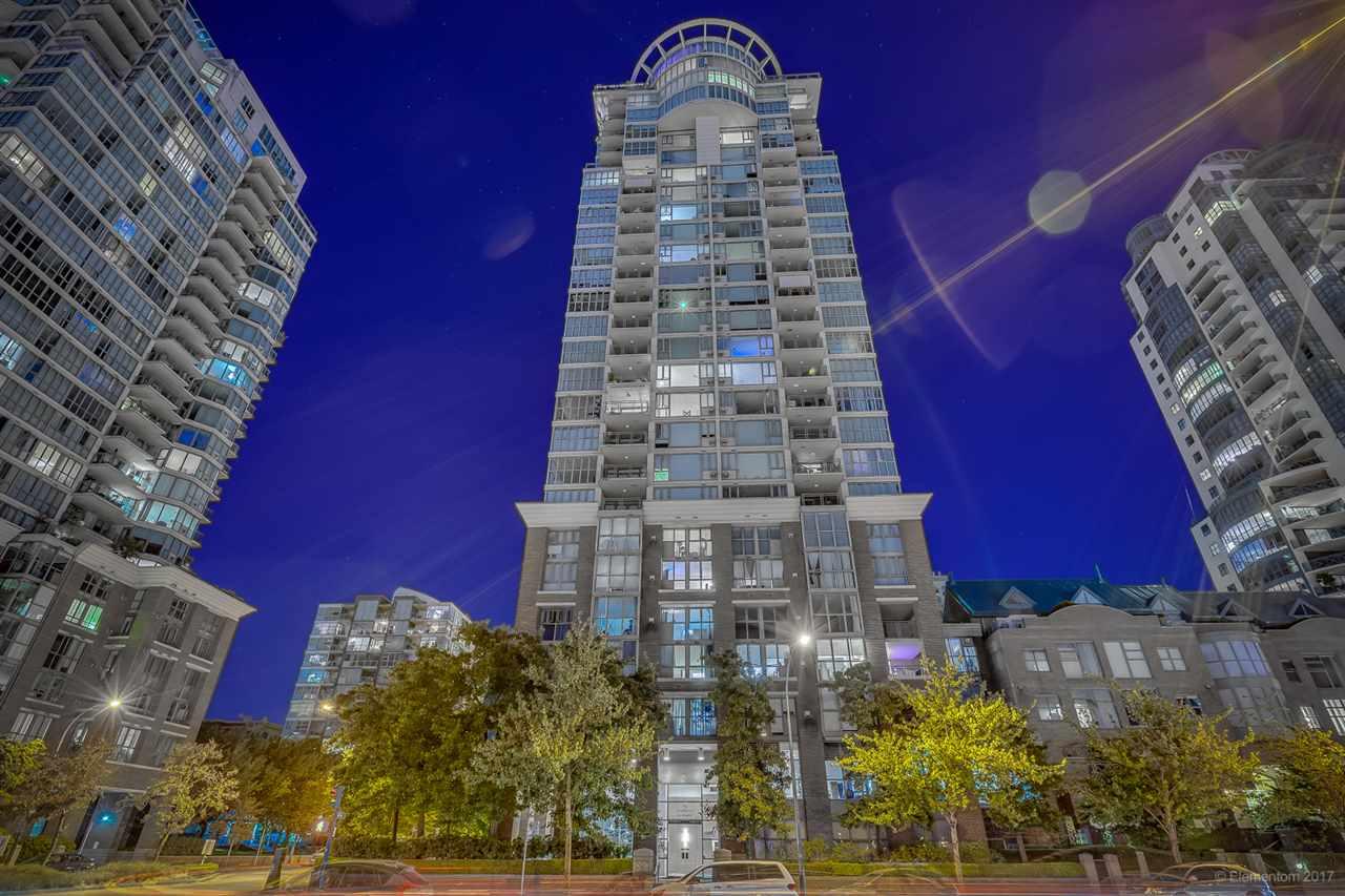 Condo Apartment at 2305 1128 QUEBEC STREET, Unit 2305, Vancouver East, British Columbia. Image 20