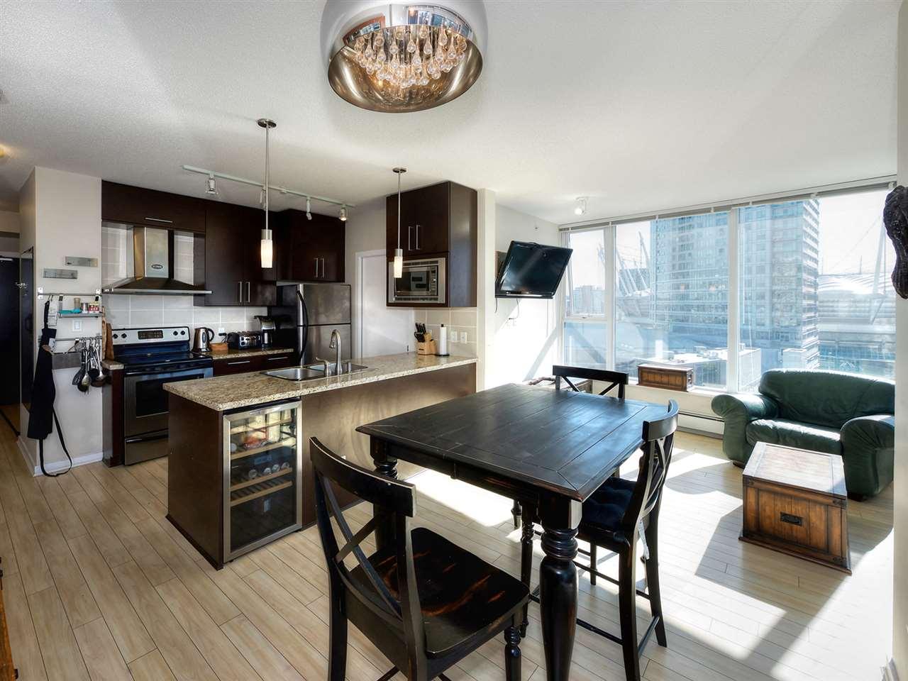 Condo Apartment at 1808 689 ABBOTT STREET, Unit 1808, Vancouver West, British Columbia. Image 3