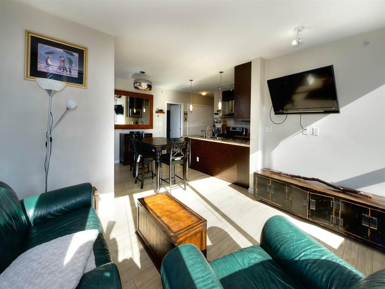 Condo Apartment at 1808 689 ABBOTT STREET, Unit 1808, Vancouver West, British Columbia. Image 6