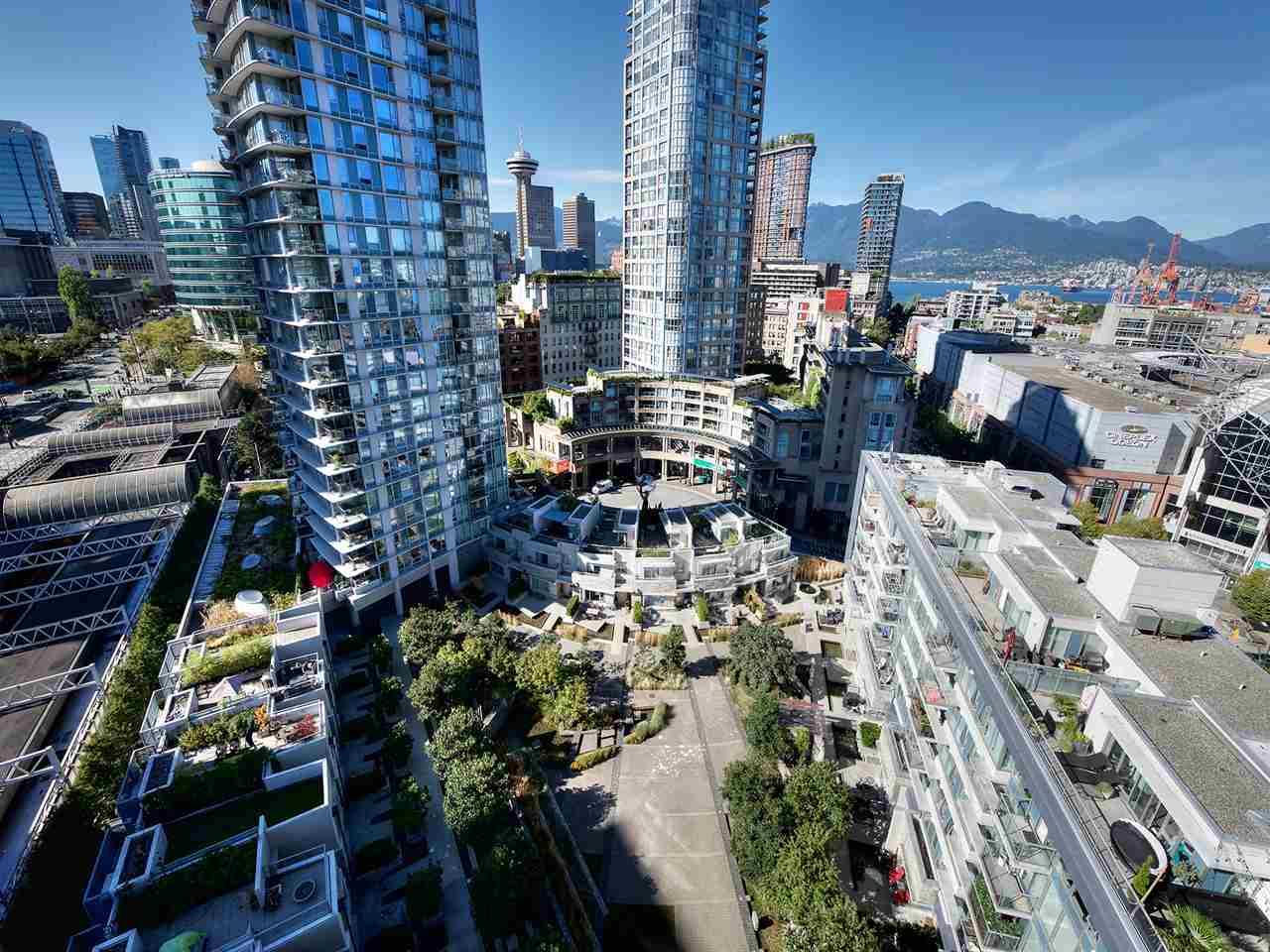 Condo Apartment at 1808 689 ABBOTT STREET, Unit 1808, Vancouver West, British Columbia. Image 10