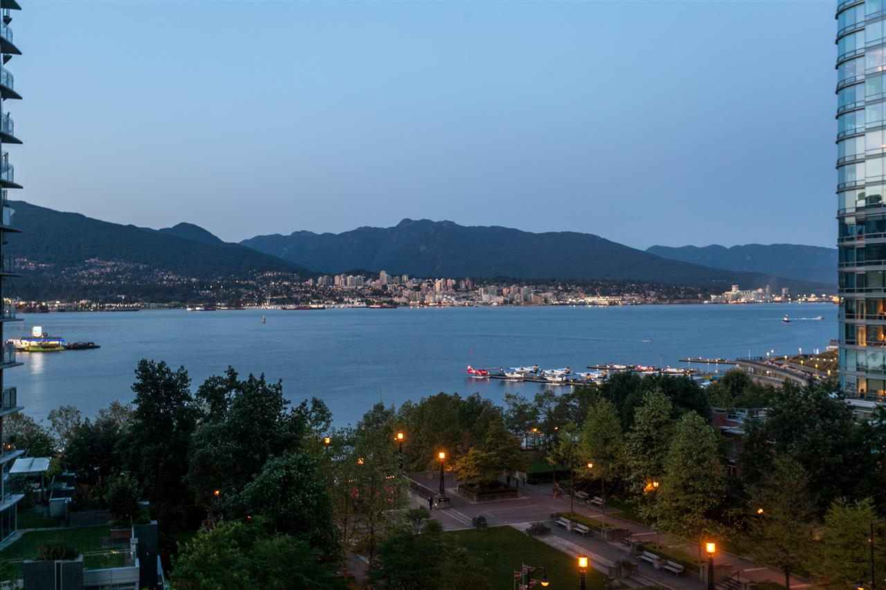 Condo Apartment at 904 1205 W HASTINGS STREET, Unit 904, Vancouver West, British Columbia. Image 1