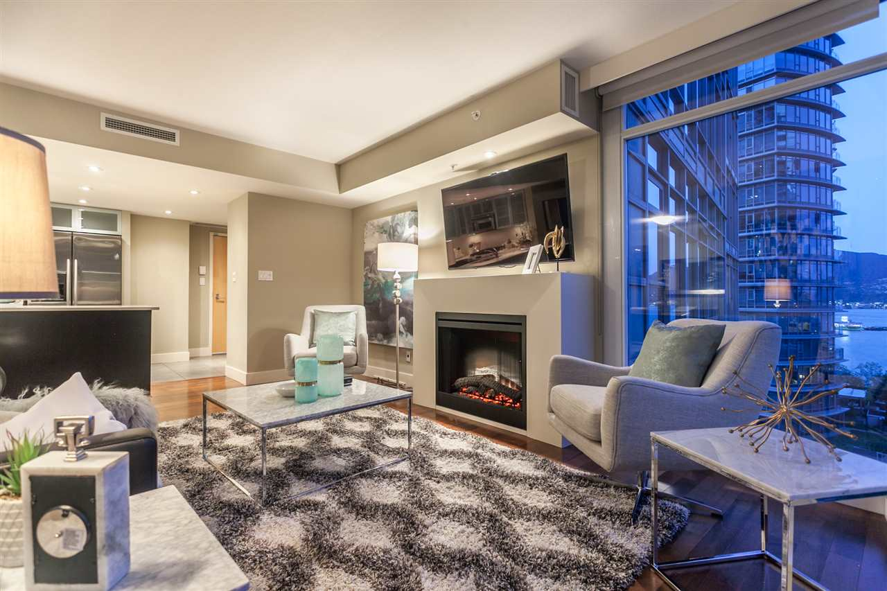 Condo Apartment at 904 1205 W HASTINGS STREET, Unit 904, Vancouver West, British Columbia. Image 6