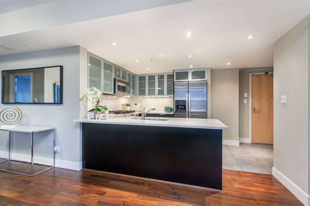 Condo Apartment at 904 1205 W HASTINGS STREET, Unit 904, Vancouver West, British Columbia. Image 9