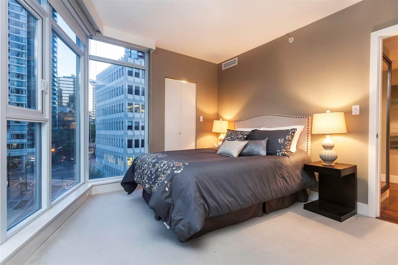 Condo Apartment at 904 1205 W HASTINGS STREET, Unit 904, Vancouver West, British Columbia. Image 16