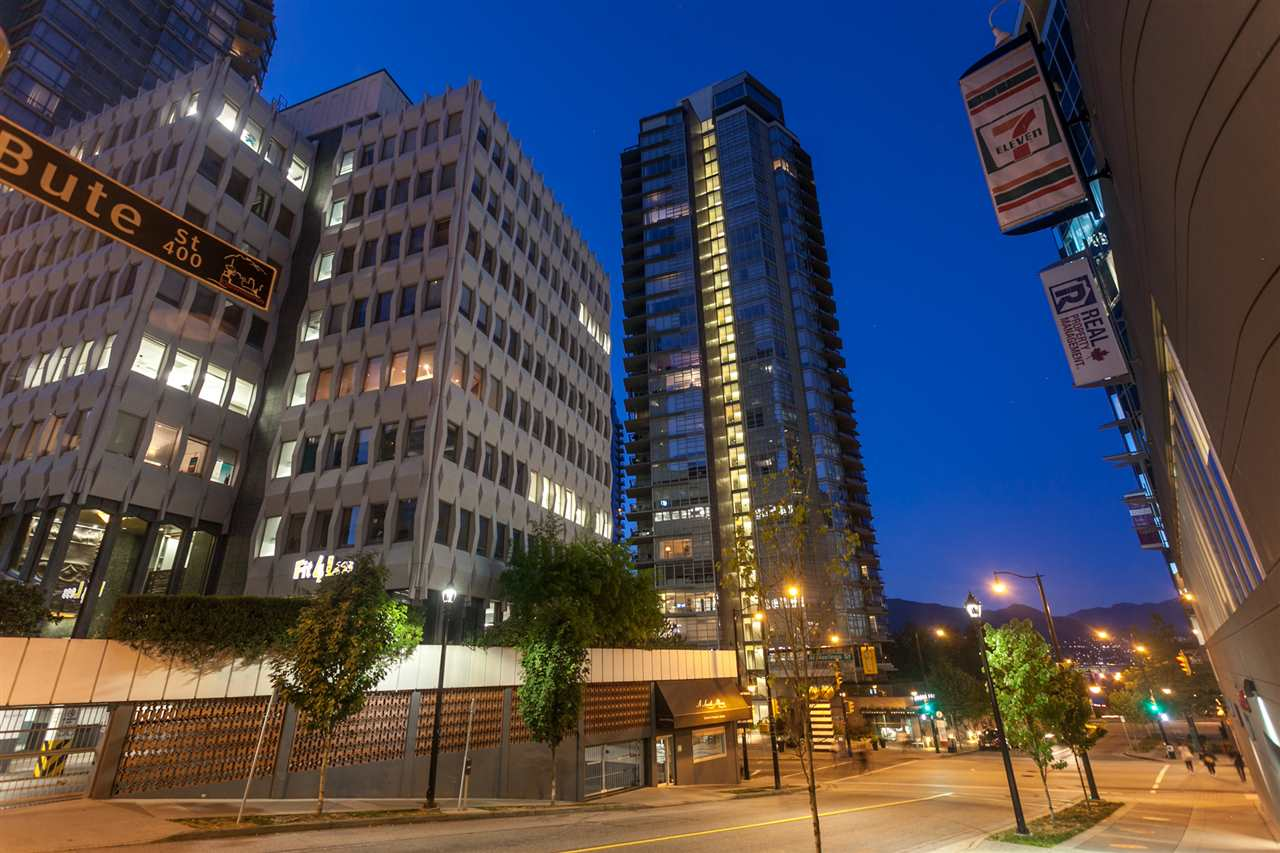 Condo Apartment at 904 1205 W HASTINGS STREET, Unit 904, Vancouver West, British Columbia. Image 20