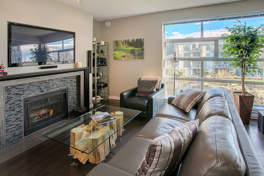 Condo Apartment at 314 2020 E KENT AVENUE SOUTH AVENUE, Unit 314, Vancouver East, British Columbia. Image 3