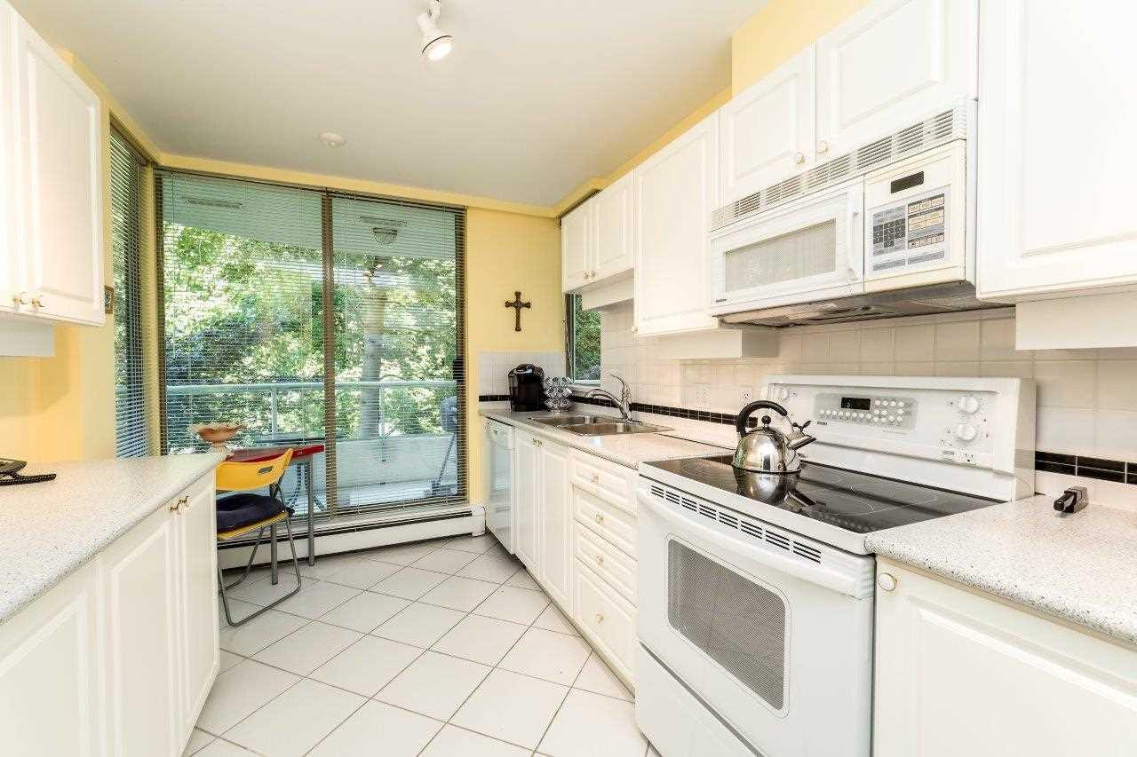 Condo Apartment at 304 6188 PATTERSON AVENUE, Unit 304, Burnaby South, British Columbia. Image 8