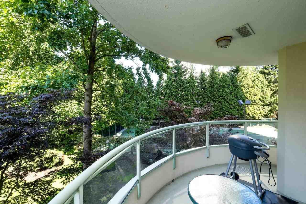 Condo Apartment at 304 6188 PATTERSON AVENUE, Unit 304, Burnaby South, British Columbia. Image 12