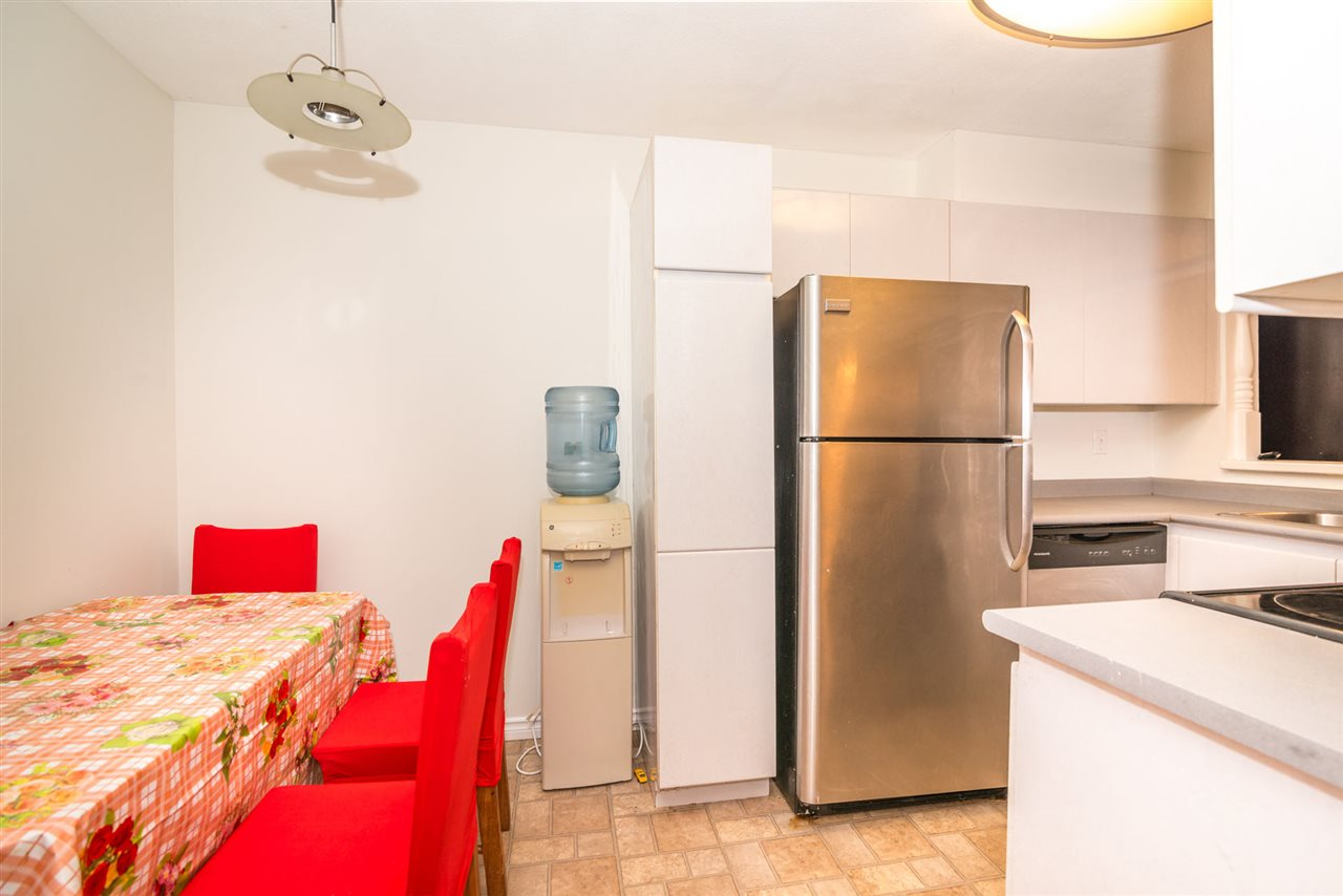 Condo Apartment at 305 509 CARNARVON STREET, Unit 305, New Westminster, British Columbia. Image 4