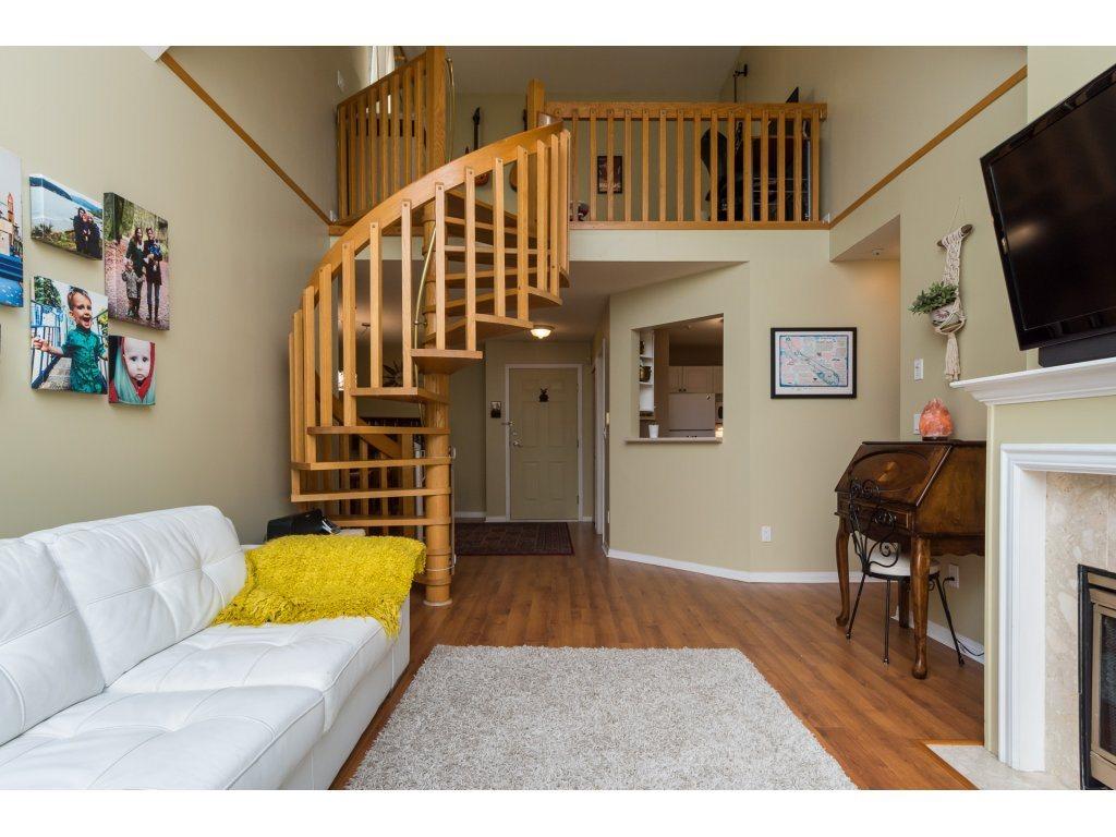 Condo Apartment at 319 7151 121 STREET, Unit 319, Surrey, British Columbia. Image 7