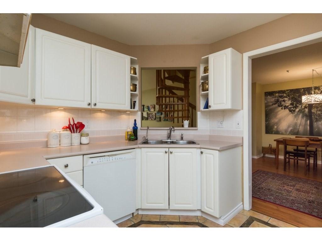 Condo Apartment at 319 7151 121 STREET, Unit 319, Surrey, British Columbia. Image 9