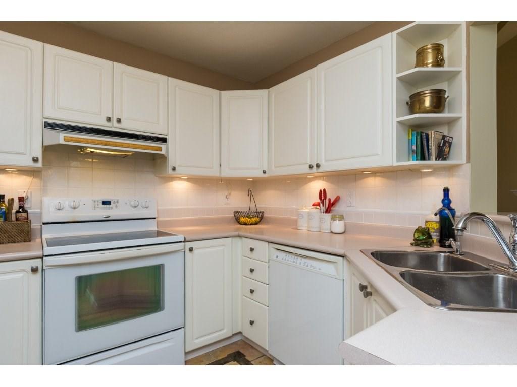 Condo Apartment at 319 7151 121 STREET, Unit 319, Surrey, British Columbia. Image 10