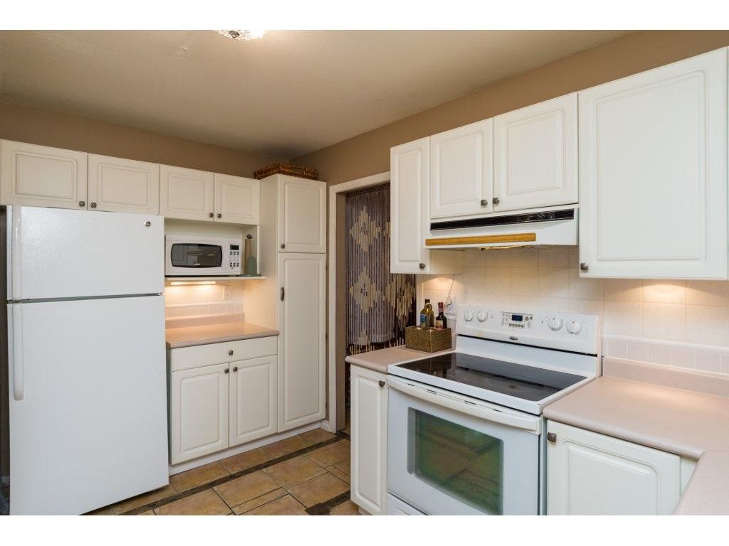 Condo Apartment at 319 7151 121 STREET, Unit 319, Surrey, British Columbia. Image 11