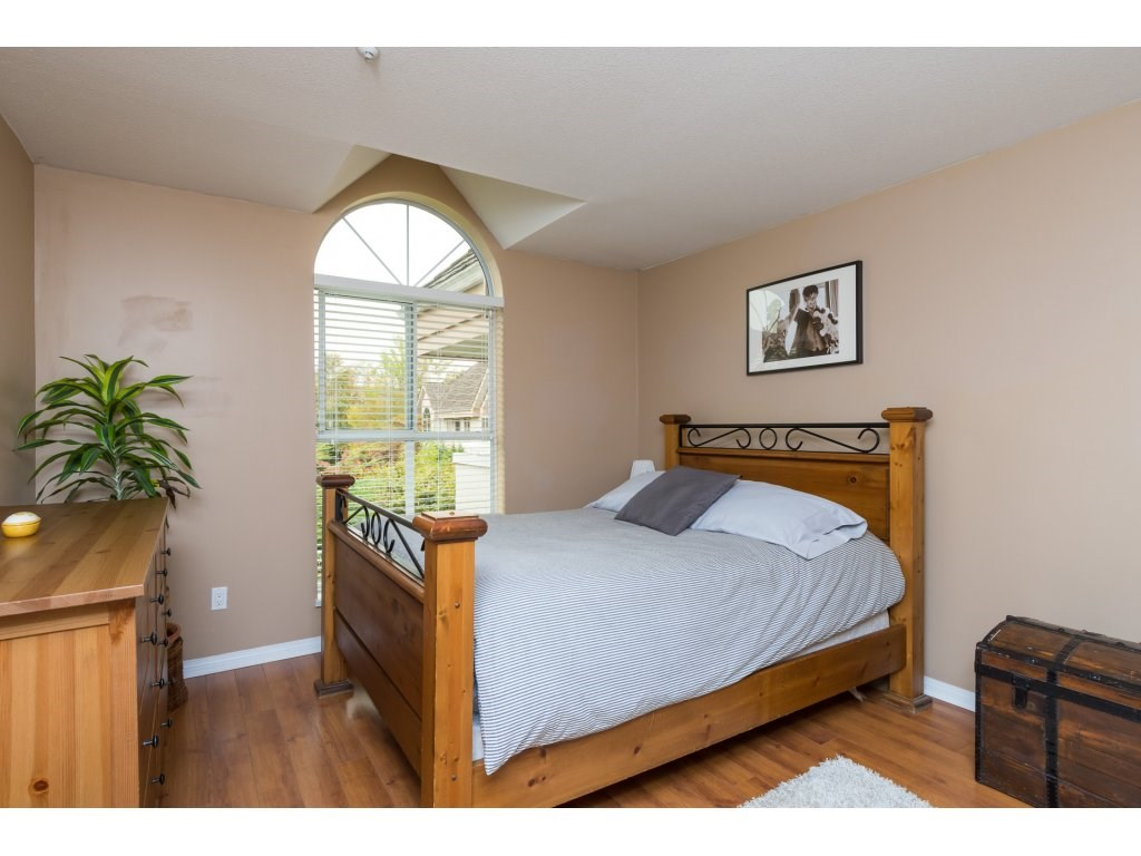 Condo Apartment at 319 7151 121 STREET, Unit 319, Surrey, British Columbia. Image 12