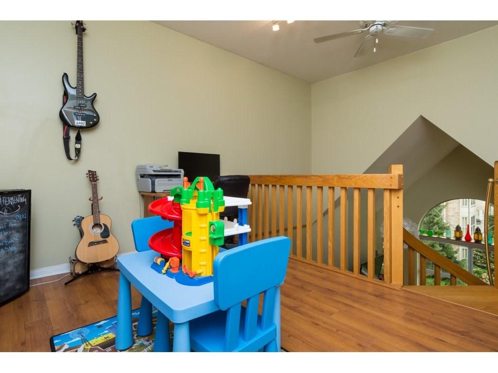 Condo Apartment at 319 7151 121 STREET, Unit 319, Surrey, British Columbia. Image 16