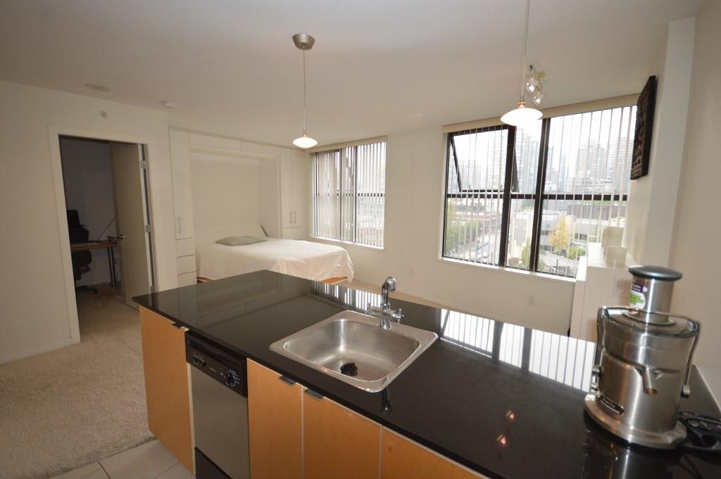 Condo Apartment at 808 989 BEATTY STREET, Unit 808, Vancouver West, British Columbia. Image 5