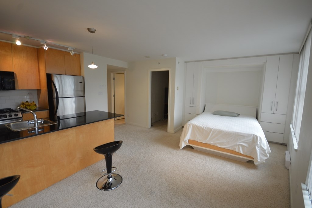 Condo Apartment at 808 989 BEATTY STREET, Unit 808, Vancouver West, British Columbia. Image 7