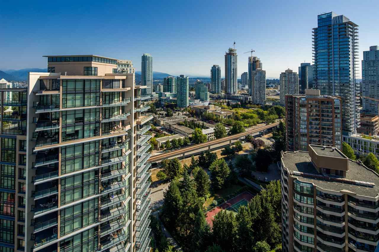 Condo Apartment at 2301 6188 WILSON AVENUE, Unit 2301, Burnaby South, British Columbia. Image 12