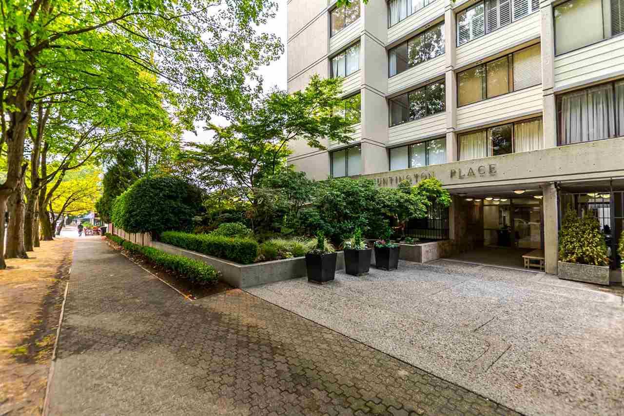 Condo Apartment at 904 1816 HARO STREET, Unit 904, Vancouver West, British Columbia. Image 3