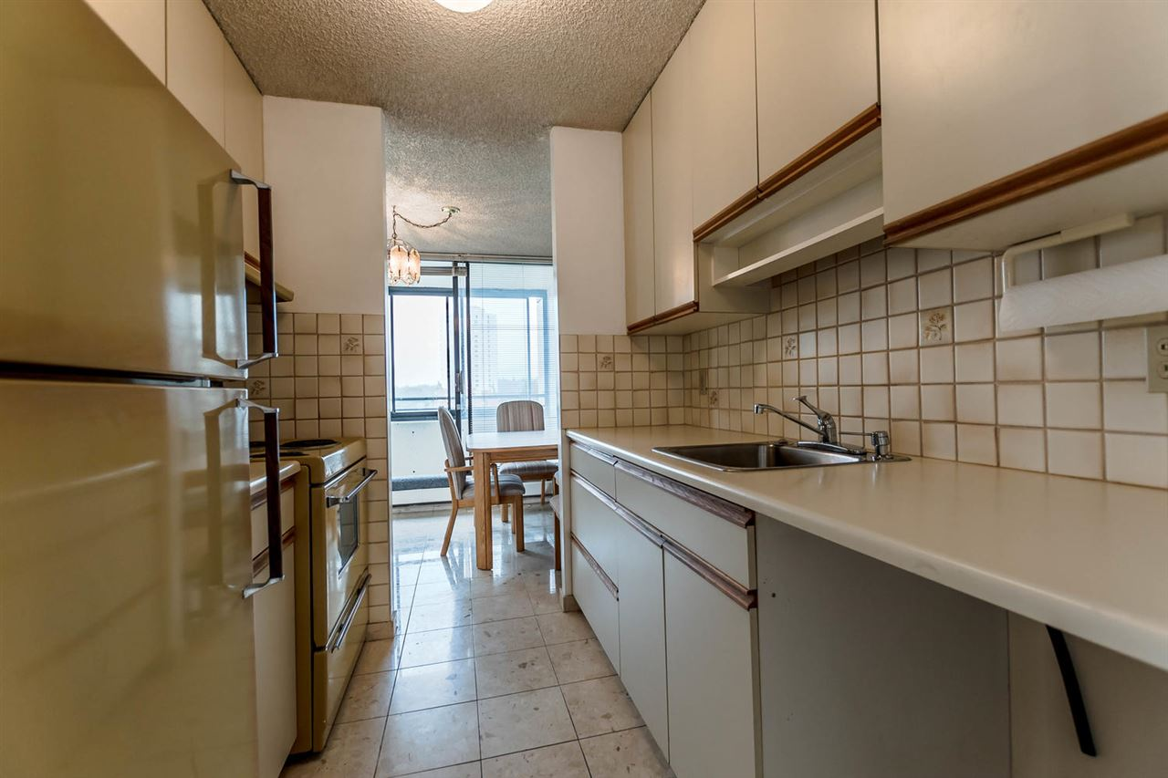 Condo Apartment at 904 1816 HARO STREET, Unit 904, Vancouver West, British Columbia. Image 5